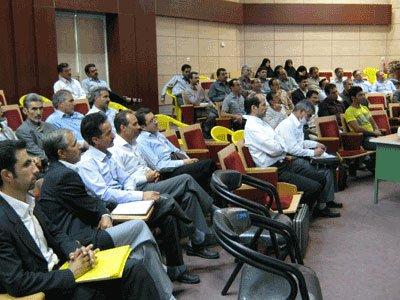 کارگاه آموزشی و عملی هوشمند سازی مدارس ناحیه ۲ مشهد